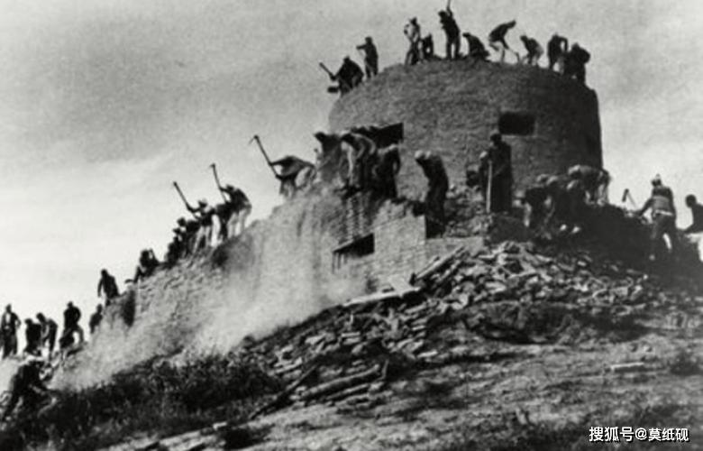 抗战时期日军的秘密武器,盘旋在我军上方,最终被我军使用