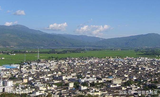 大理每个县人口面积_大理古城图片