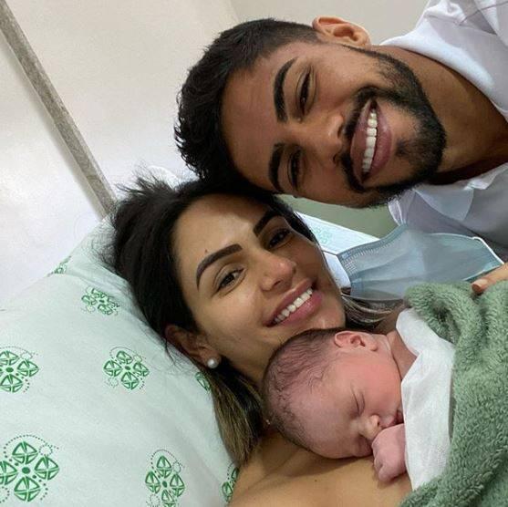 妻子即将分娩 足球运动开始成为妇产科医