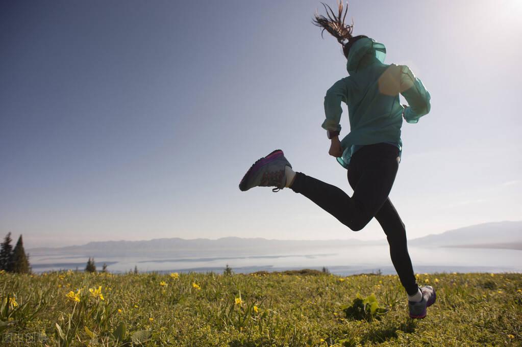 每天坚持3公里跑步,除了让你瘦下来,还能帮你多个好处