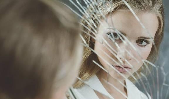 精神分裂症是一种什么病?会传给下一代