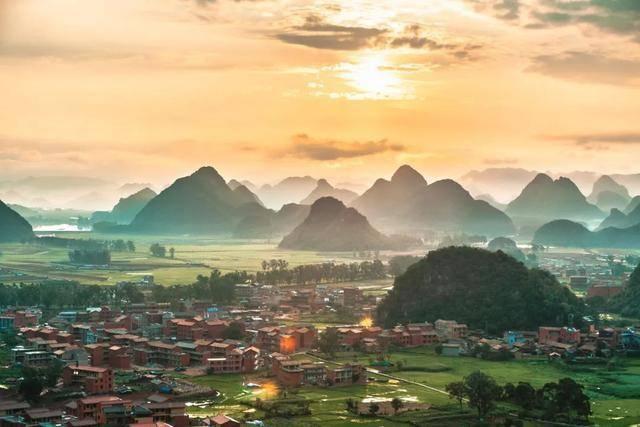 原创             最适合一个人旅行的八个目的地,景美价低,每处都让人流连忘返