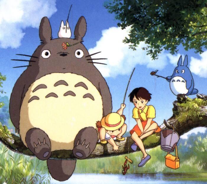 """宫崎骏影响力多大?日本老夫妇制作现实世界的""""龙猫车站"""""""