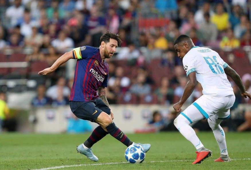 """大罗被忽略的经典技术,""""背身拿球""""居首,梅西的招牌动作排第二"""
