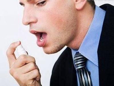 """中老人身上总能闻见一种""""臭味""""?要当心这几种异味,是疾病征兆"""