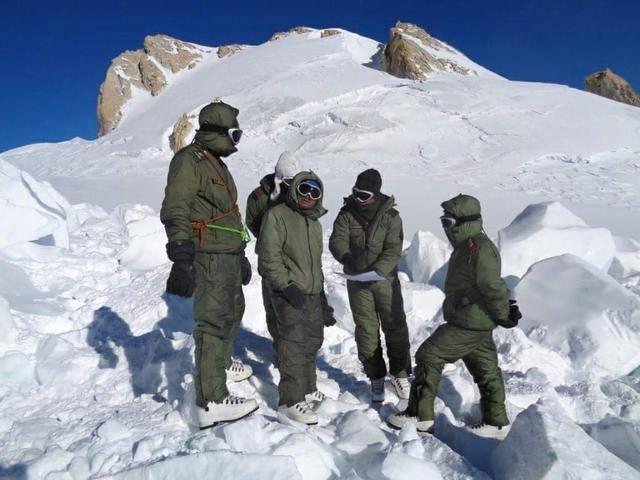 刚入冬印军就怂了?向美国采购大量高海拔冬季装备