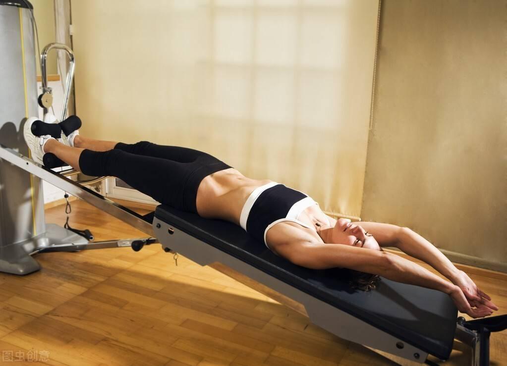 健身老手必练腿!一组腿部训练,帮你强壮下肢,促进睾酮分泌!