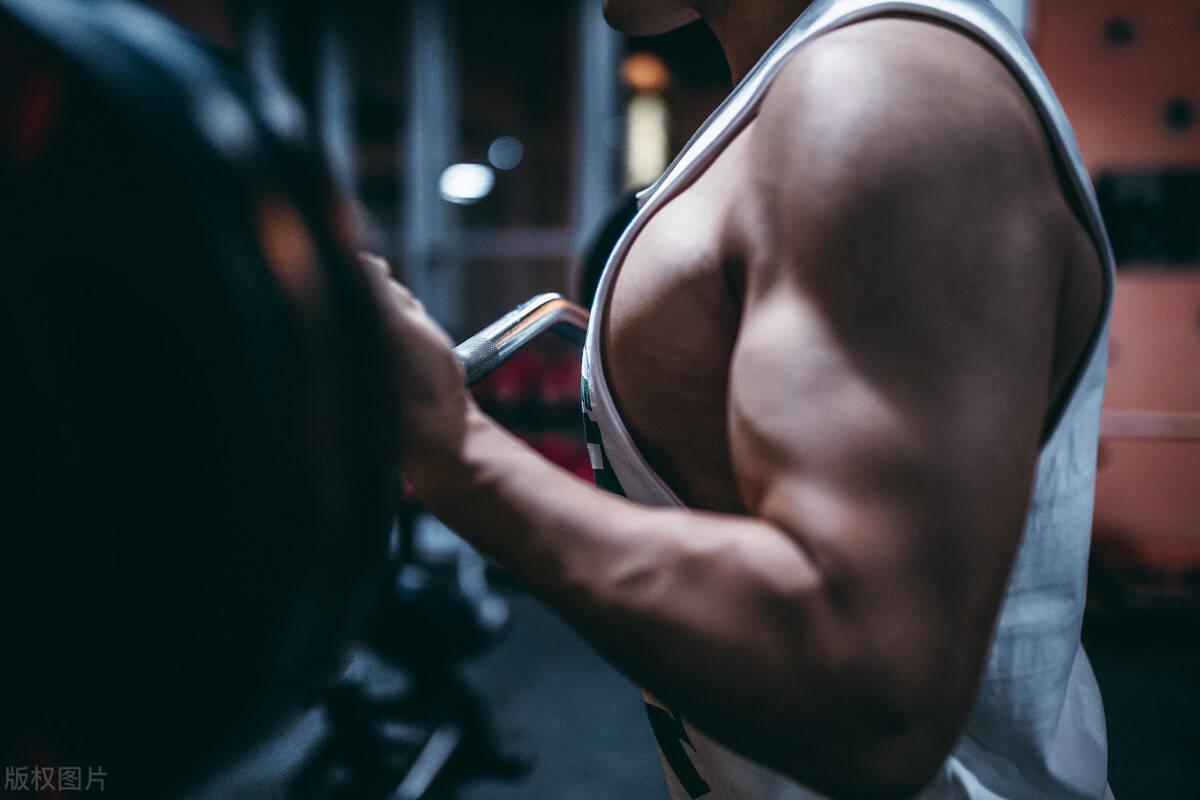 几个增肌小技巧,有效促进肌肉生长,抑制脂肪堆积!
