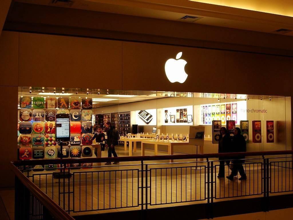 【iPhone 12 不送充电器和耳机,分析师:节省成本但对环境没帮助】