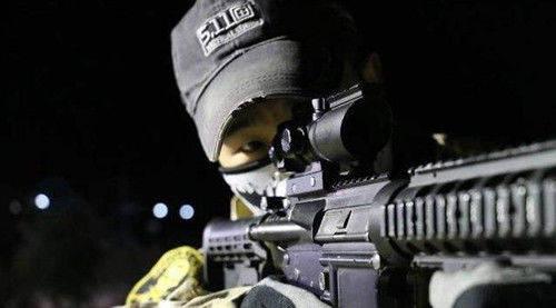陕西小伙去伊拉克当雇佣兵,日薪8千保险400万,最大心愿倒在战场