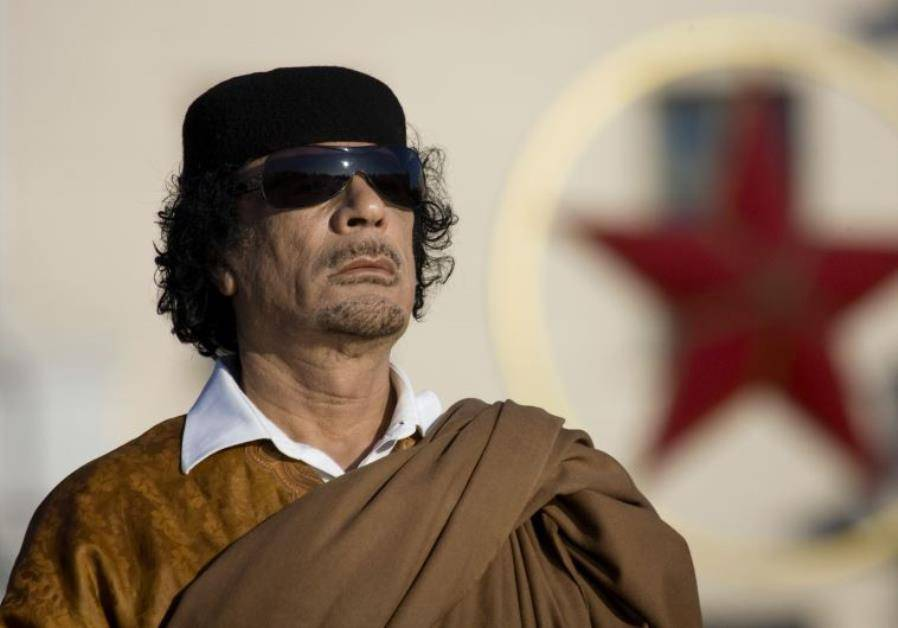 没有死人,没有战火,卡扎菲当年上台为何如此轻松