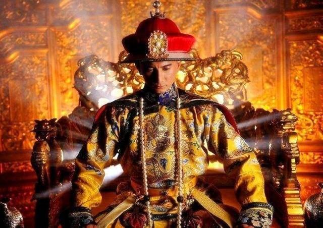 古代穿衣规矩太多,每年都有人因此丧命,龙袍更是重中之重