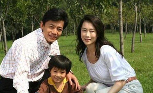 他是国度一级演员,与老婆因戏生情,出道20年零绯闻(图2)