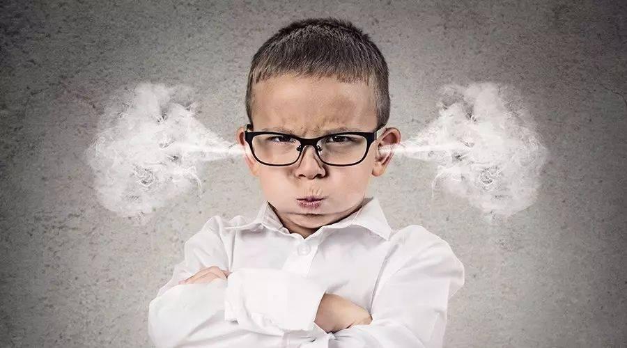 3、4岁的孩子又发脾气了,原因家长知道吗?不要觉得是被惯坏了