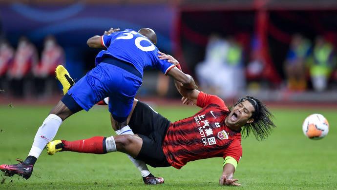 沪媒:中国足球最好的比赛只有上海德比 申花站着离开