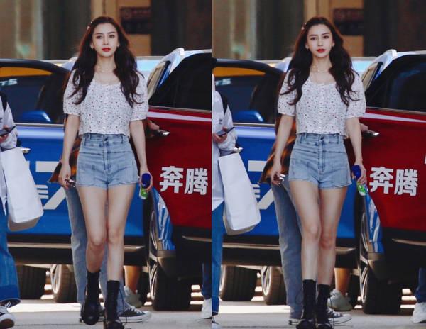 杨颖穿的短上衣配牛仔短裤有多火?半个娱乐圈都在穿,无限显高