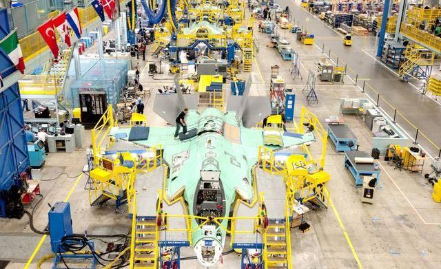 美国F35将突破600大关,歼20不足60架,关键所在还是缺了它