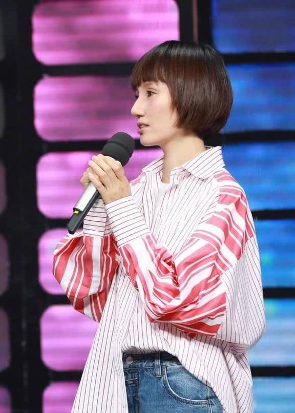 袁泉剪掉十年长发,波波头发型更年轻,42岁秒变成22岁少女