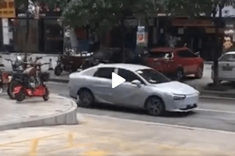 原来的小鹏P7火了之后,新车又来了!这次20万韩元?