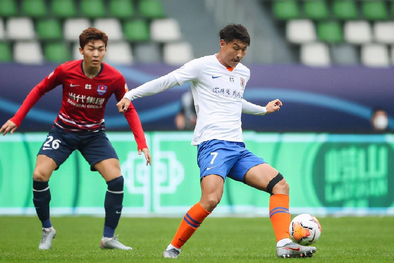 山东鲁能改写国内顶级联赛纪录的同时,也明确了下赛季的引援方向