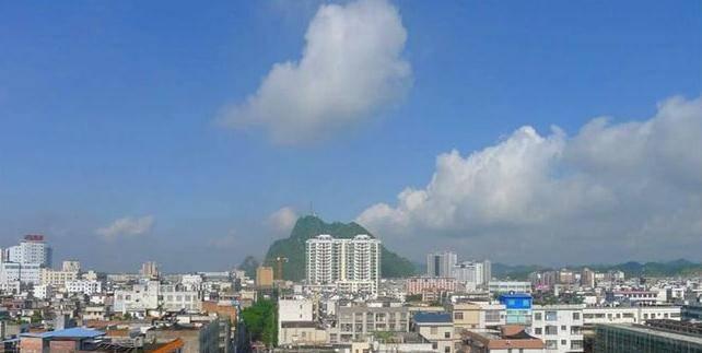 广西灵山县人口_了不得 平南这个镇竟是广西人口最多乡镇之一