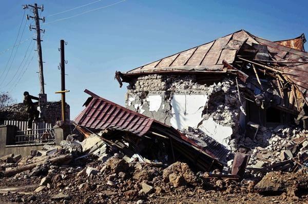 阿塞拜疆拿下战略要地,兵临纳卡首府城下,战争已经停不下来了