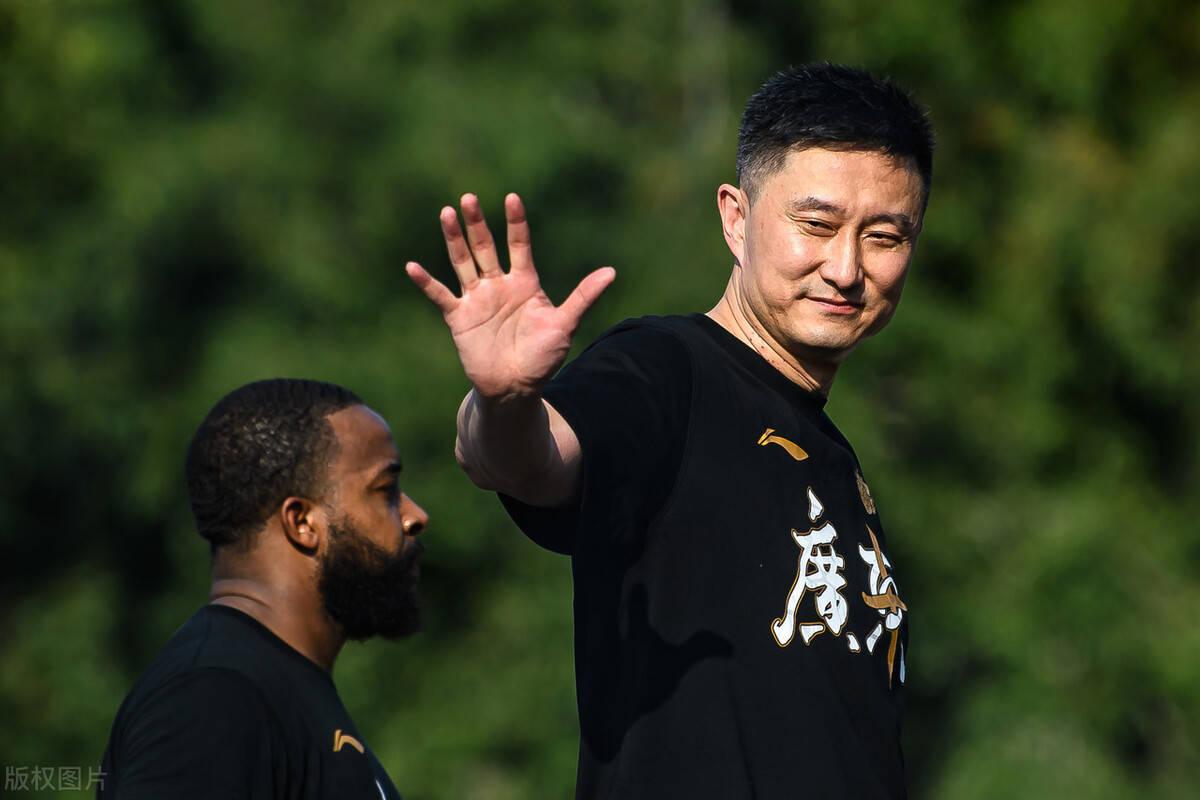 成名后的球员,为什么不想在广东队打球?其中有何不为人知的隐情
