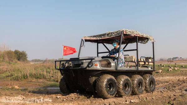 原创             华中首家军事主题景区,开战车滑索道,最受孩子和男人喜欢