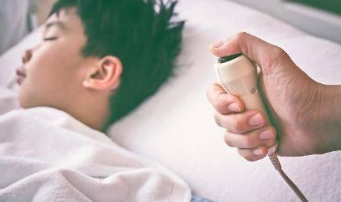 """熟睡时突然""""抖一下"""",且伴随着坠落感,多半是此原因引起的"""