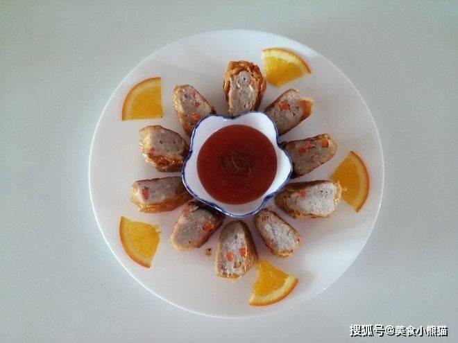 鱼别在烧着吃了,这样做鱼卷,外皮酥脆,内里软嫩,相当好吃!