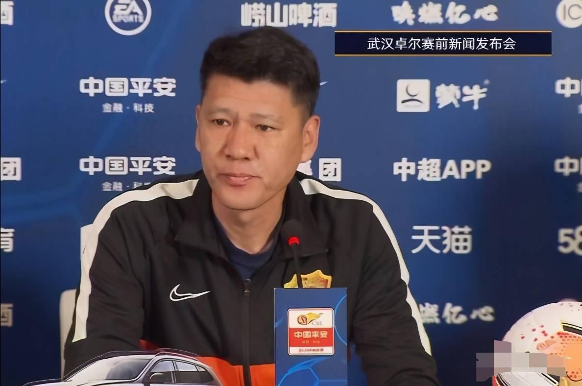 武汉卓尔对阵浙江能源绿城的第二回合竞赛