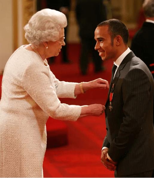 汉密尔顿将被册封骑士爵位 肯定七冠荣誉获英国首相推荐