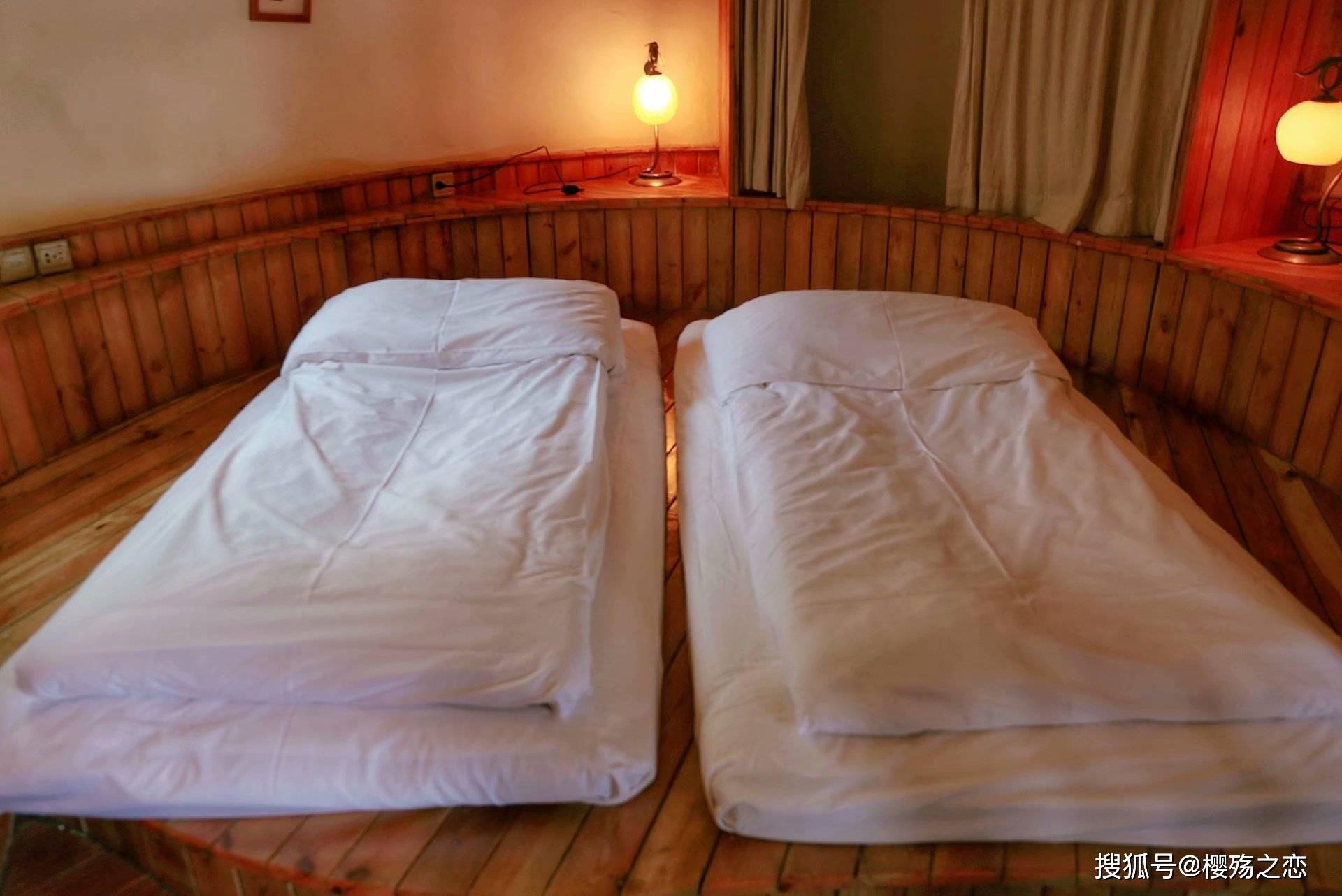 """原创             全球唯一""""蛋""""型酒店,分为五种部落群,犹如QQ群一样列阵迎宾"""