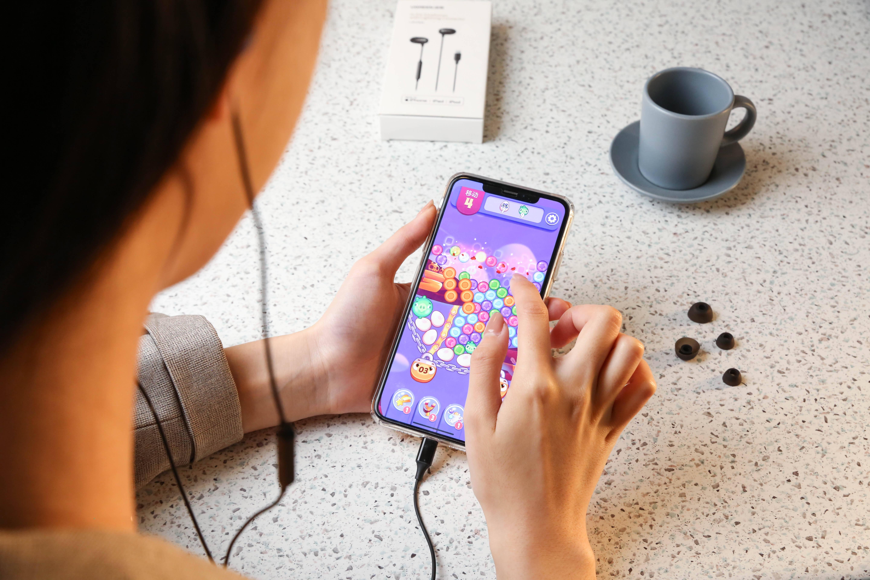 原创             iPhone想要实现线控,耳机就必须通