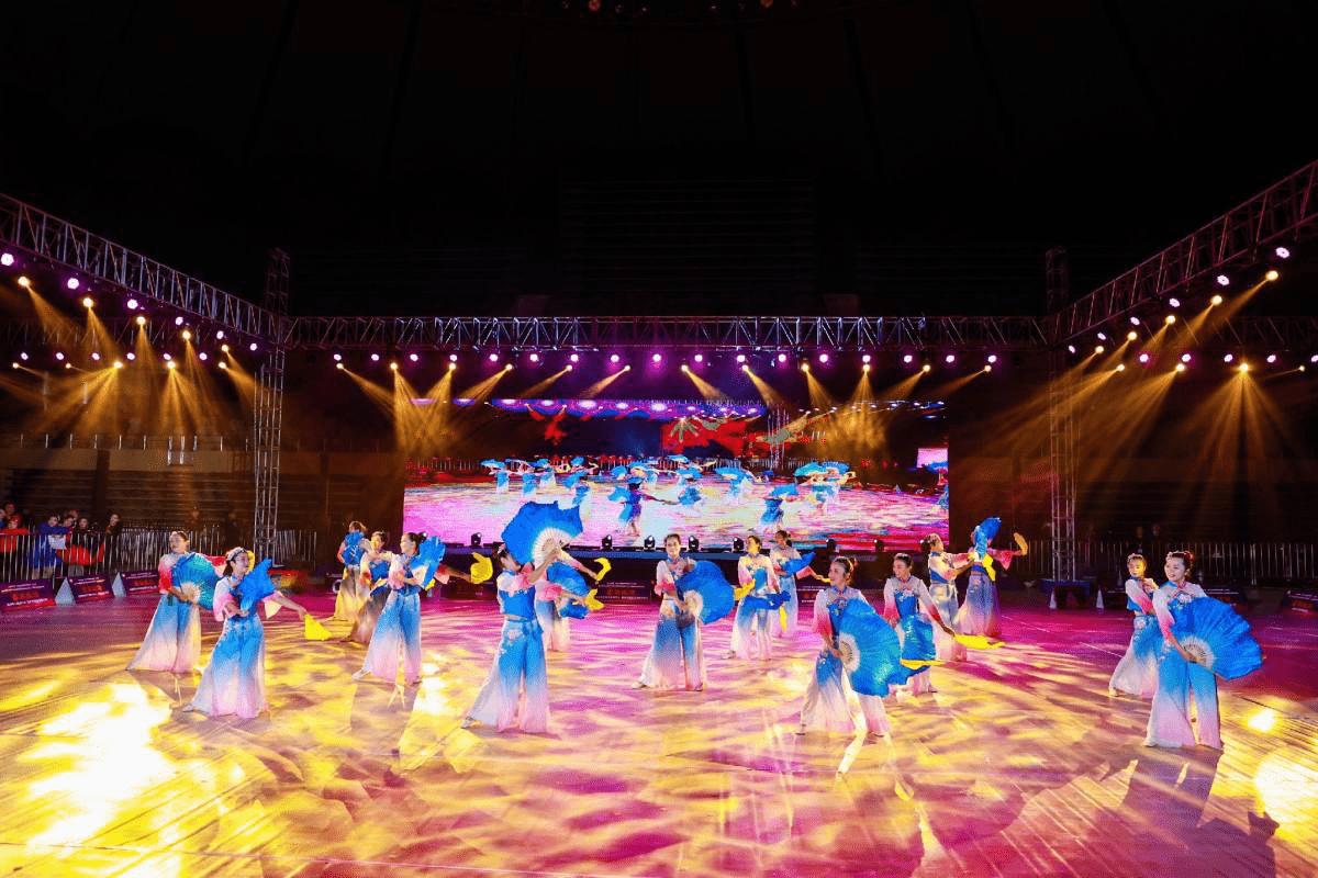 2020中国·丽水体育舞蹈公开赛在市体育中心体育馆举行-天津热点网