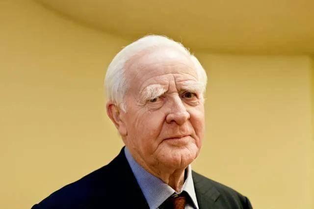 原创 生前独家专访丨约翰·勒卡雷:我作为间谍最大的弱点是缺乏耐心