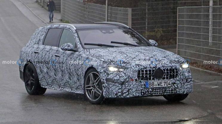 曝光新AMG C级旅行版还是拿2.0T,汽缸减半还是西装打手?