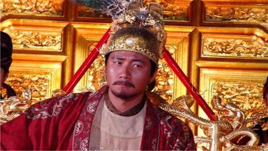 朱元璋对功臣讲:你儿子剑法不错,他亲手砍下儿子头颅送给了皇帝!