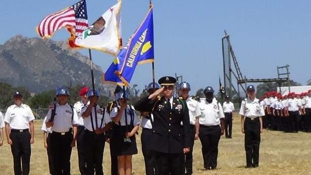 加州学员军团,学员戴的勋章比将军还多,优秀的能直接上战场打仗