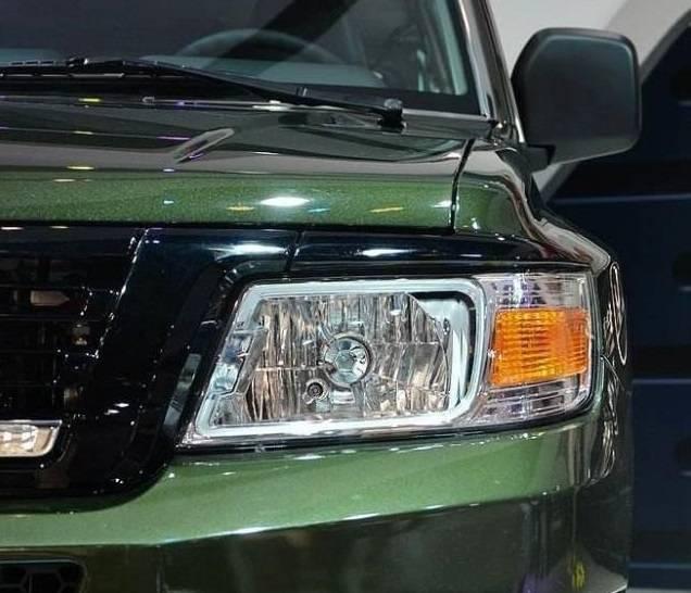 原国产中型suv与Prado风格相比配备了2.4l,还配备了四轮驱动系统