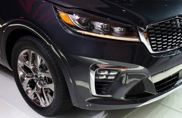 原厂起亚中型suv,长度4米,2.0t 6at,关键车型保用5年或者10万公里