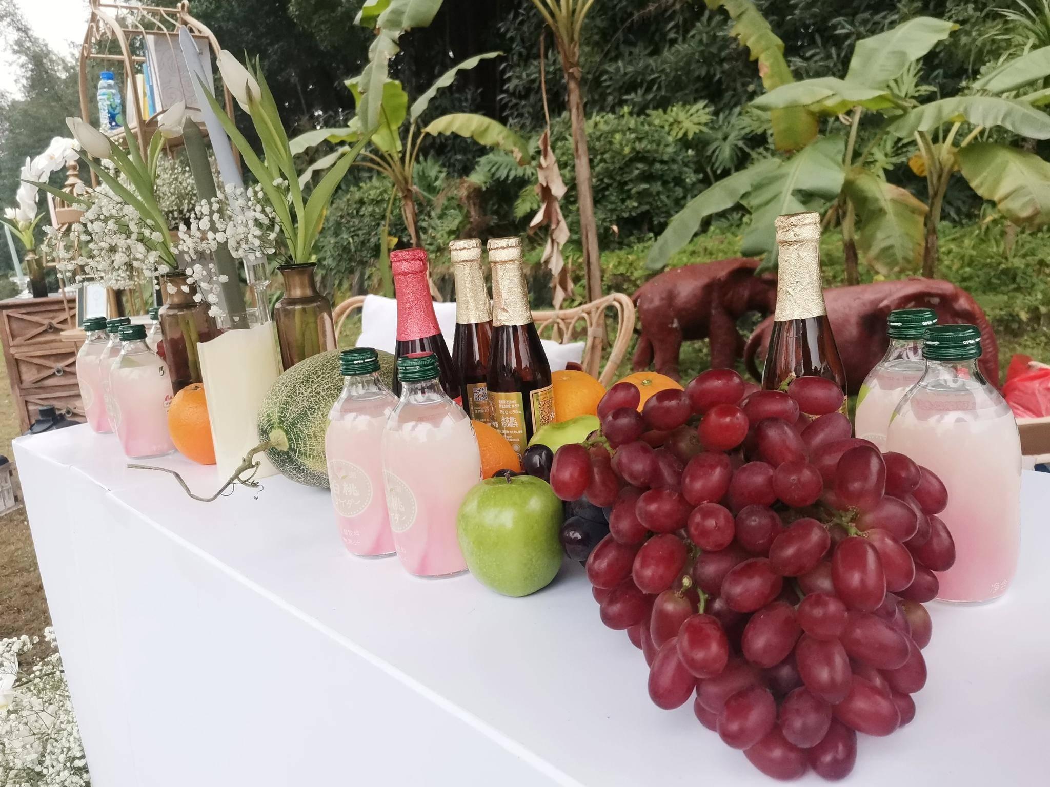 这绝对是是我在重庆见过的最帅最酷的草坪婚礼了!