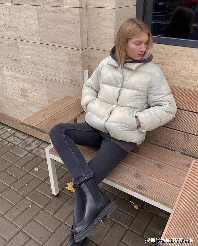 原创羽绒服毛衣是这个冬天最时尚最温暖的打开方式!