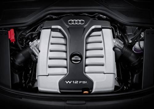 原厂也是12缸发动机,宝马的V12和奥迪的W12哪个好?