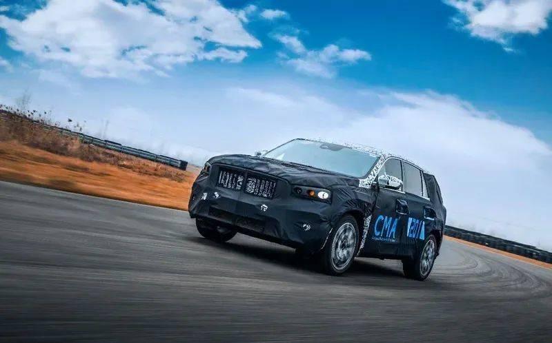 与沃尔沃XC40同台,吉利新SUV KX11曝光