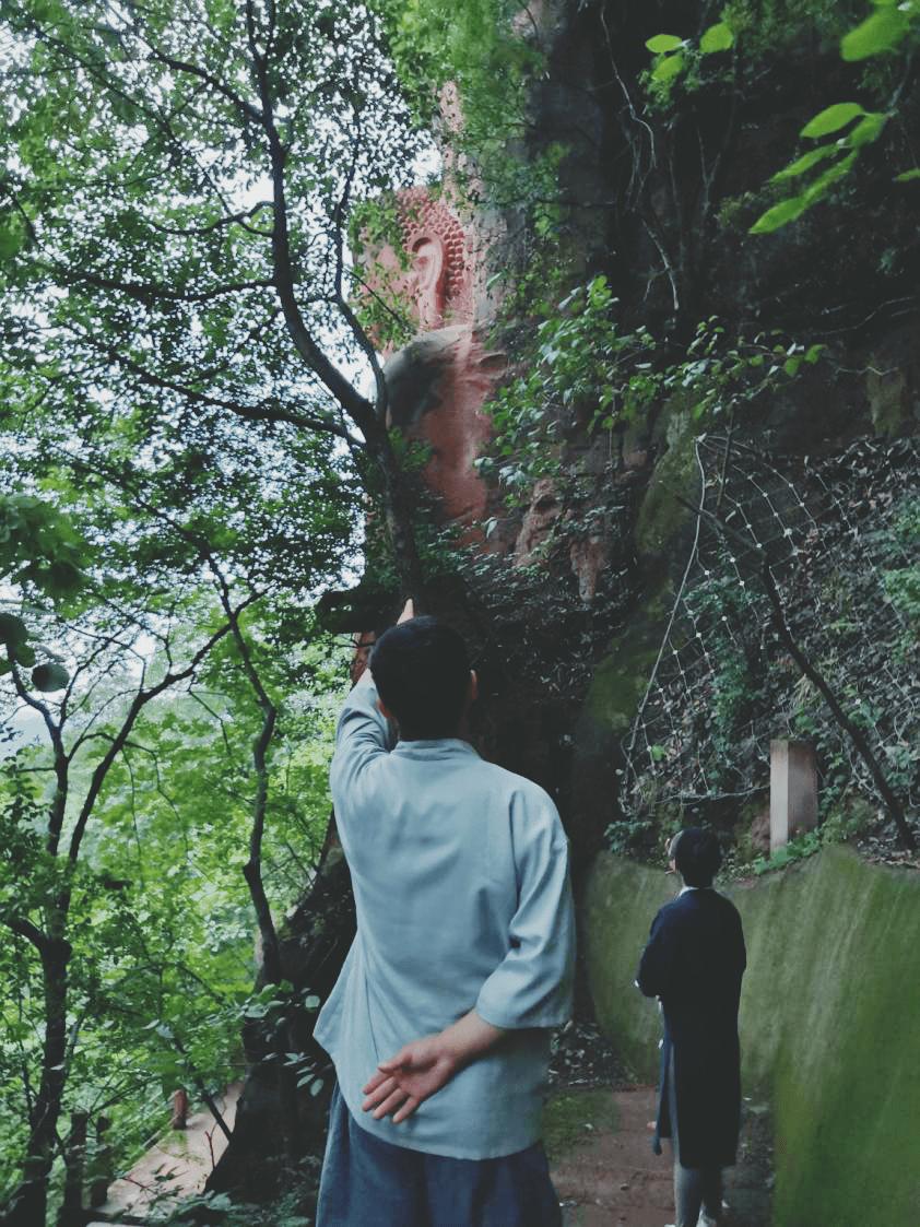 彭祖道:树怕剥皮,人怕伤心