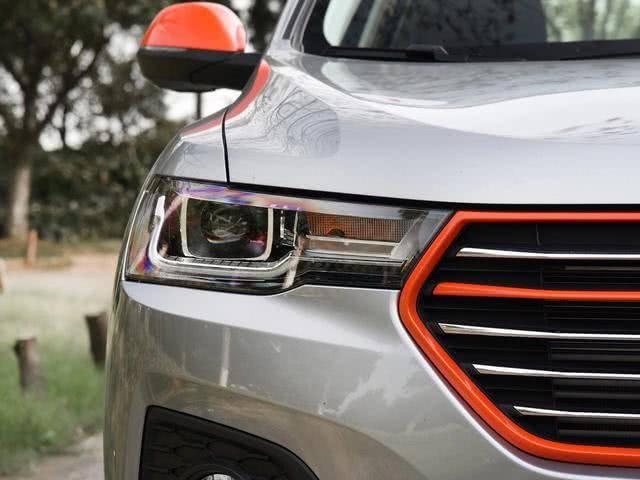 """原国产帅气SUV,号称哈弗H6""""亲哥"""",比博漂亮,油耗6.8L L。"""