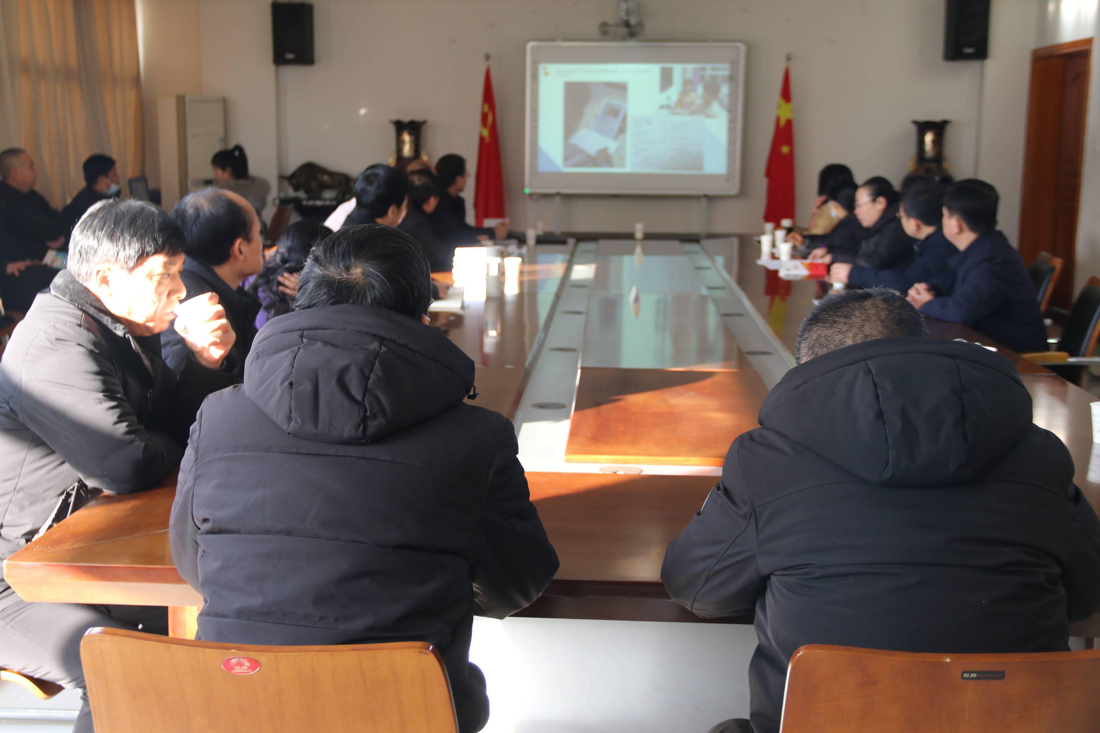 濮阳市第八中学迎来南乐县考察团  第2张