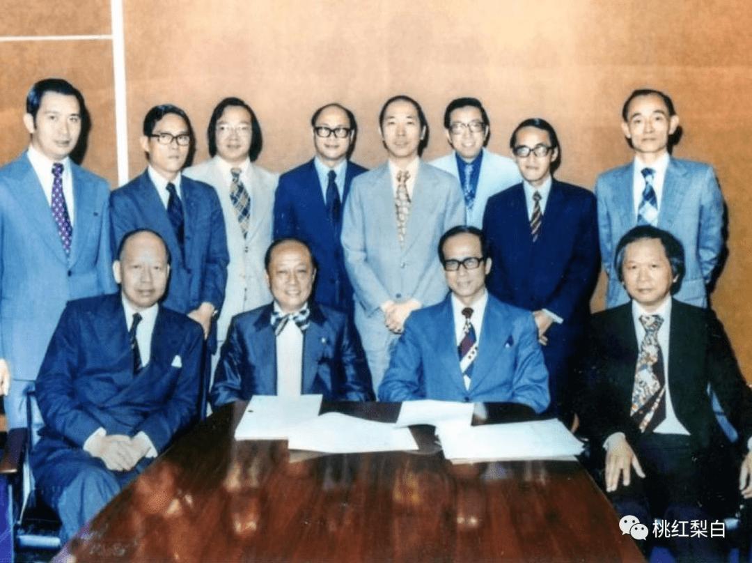 24岁就嫁入香港第一豪门,低调的王俪桥是最好命的原配太太?  第8张