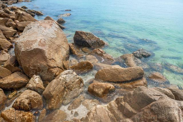 国内竟然还有这么宝藏的海滩,一起去深圳这个海滩看超美夕阳吧!